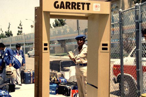 Первые арочные металлодетекторы Garrett