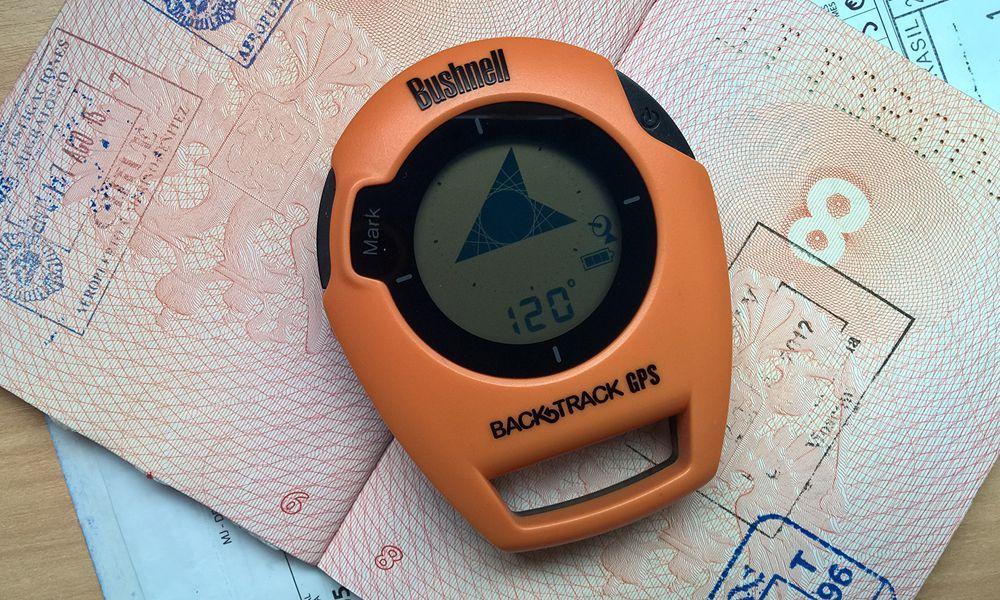 GPS-возвращатель Bushnell BackTrack и реальный мир